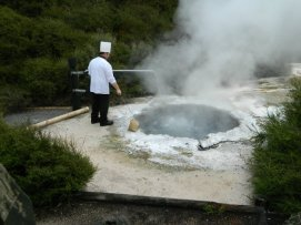 Cooking up a storm in a thermal pool